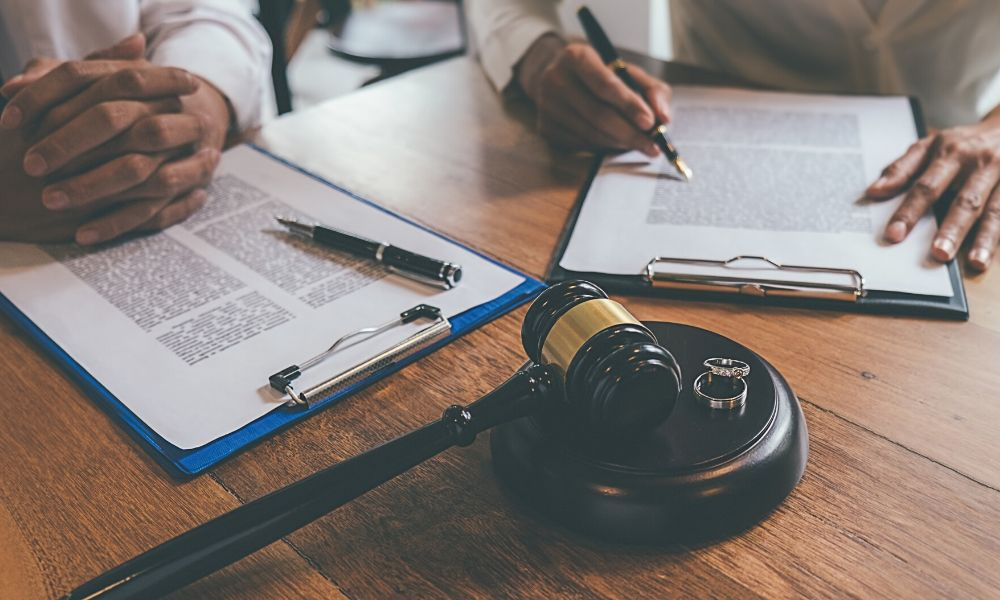 Top Reasons to Hire a Divorce Attorney