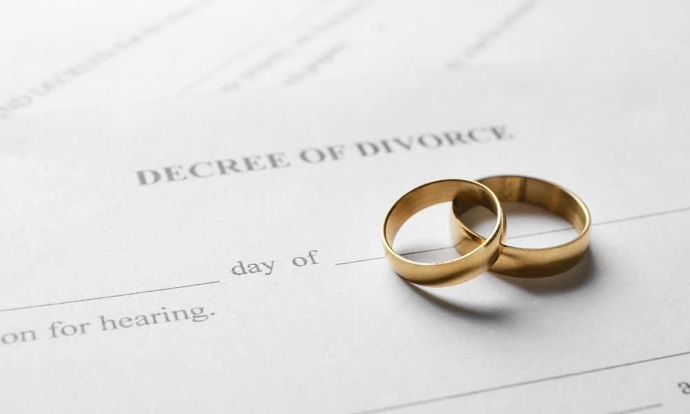 Different Ways to Serve Divorce Papers